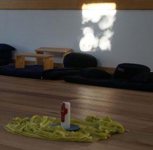 Foto Meditationsplatz im Lichteinfall